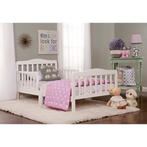 #2. Dream On Me, Classic Design Toddler Bed
